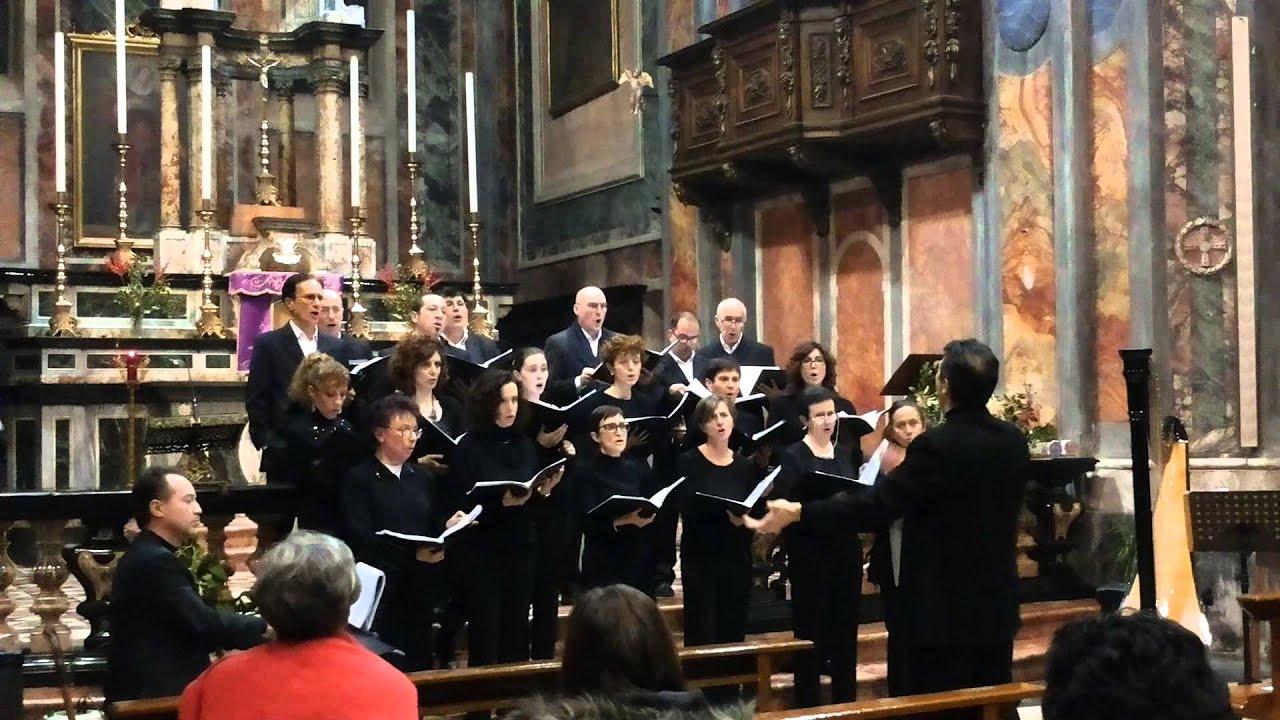 Buon Natale 2014 Coro Amadeus Cuveglio (BQ)