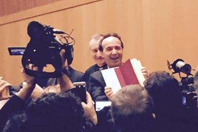 """Benigni: """"Da piccolo volevo fare il Papa. Francesco è un rivoluzionario"""""""